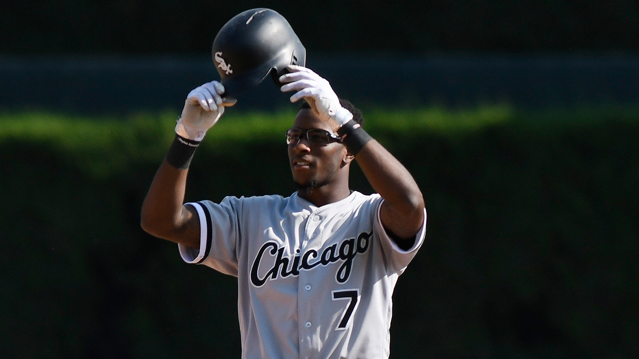 Anderson, wife reach out to Chicago youth